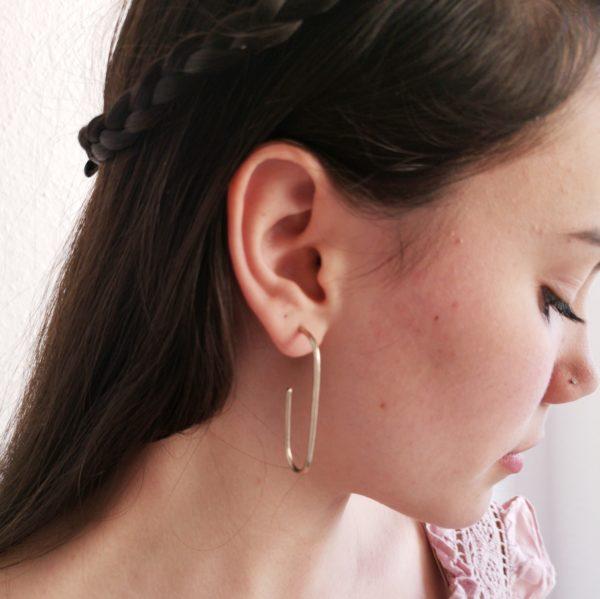 anillo flor embutida bronce