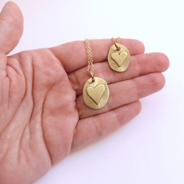 Colgante Corazon Naciente bronce Cadena Baño de Oro